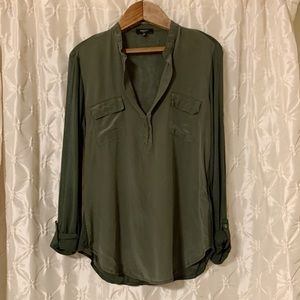 Aritzia Babaton green silk roll tab cuff blouse